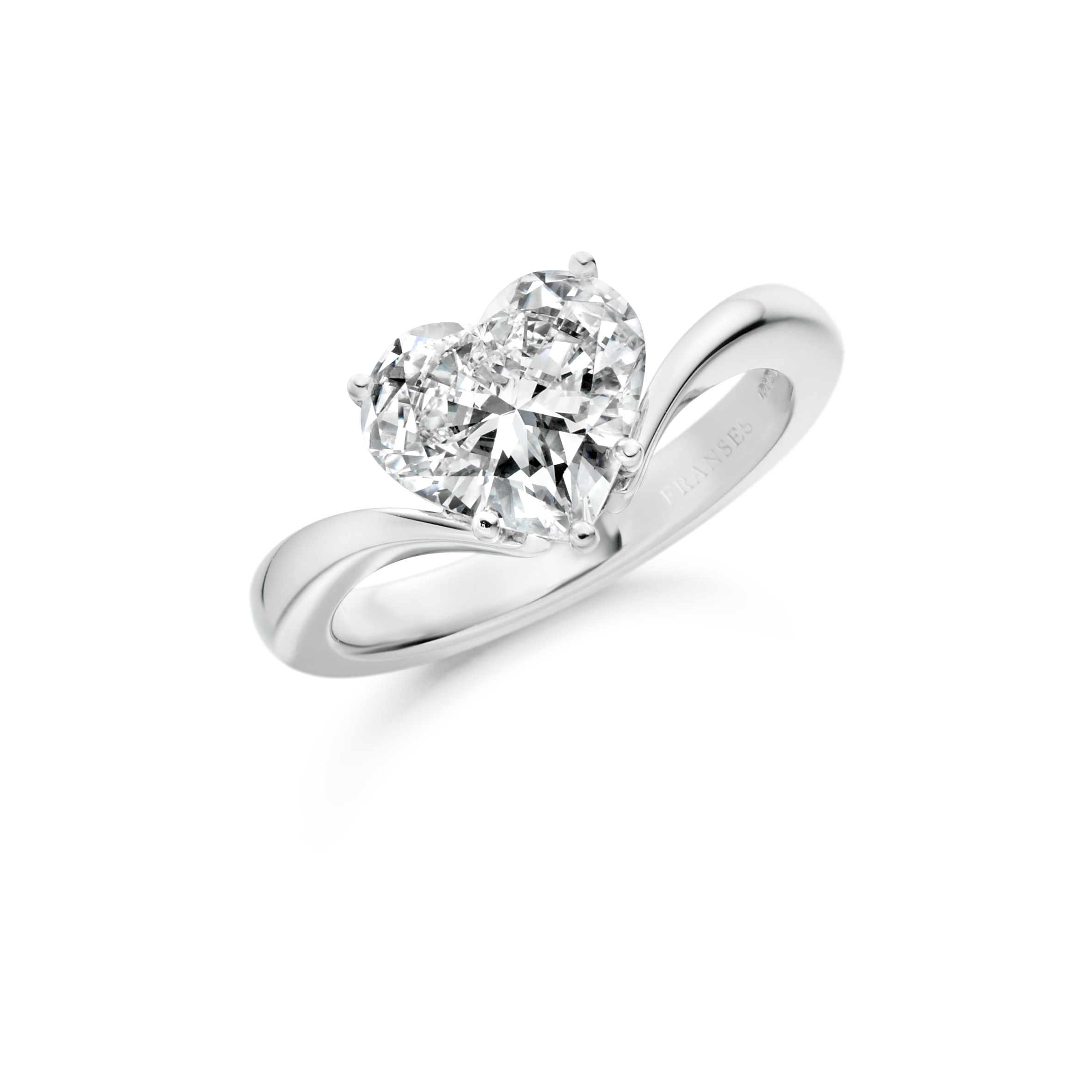 Heart-shaped diamond solitaire