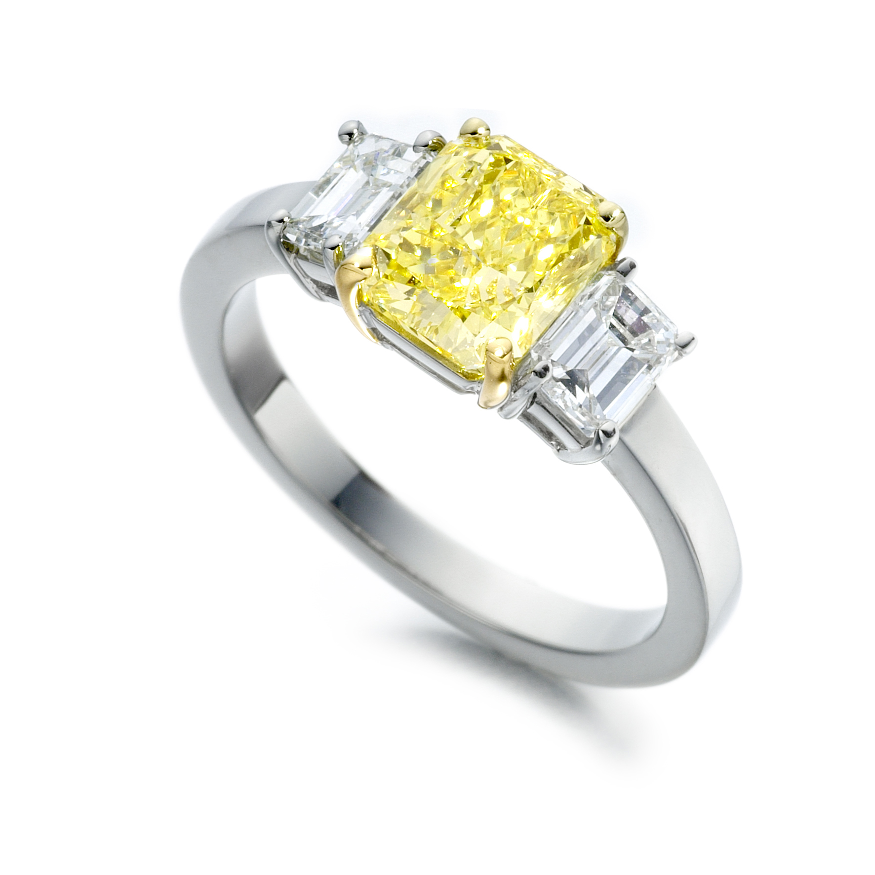 Intense yellow diamond ring